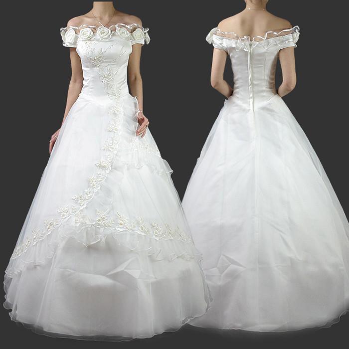 白色结婚婚纱服装