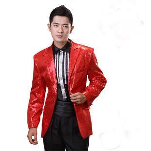 礼仪红色服装
