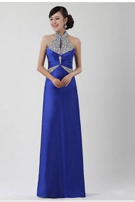 蓝色的礼仪服装