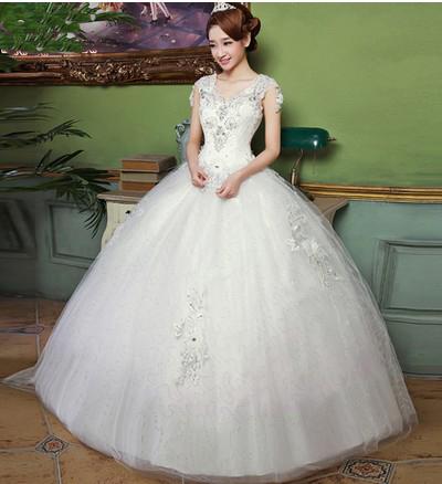 成都婚纱出租,白色婚纱礼服出租