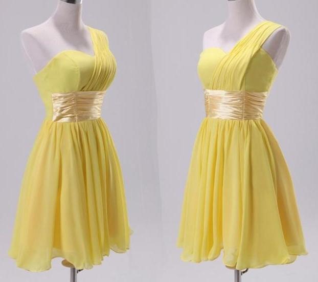 小礼服,淡黄色