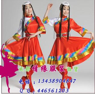 红色藏族舞蹈服饰
