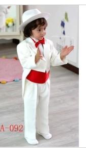 儿童白色小西装