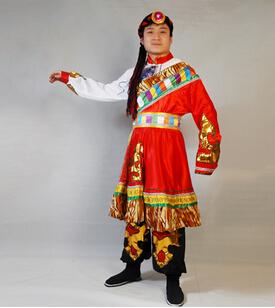 藏族男生服装