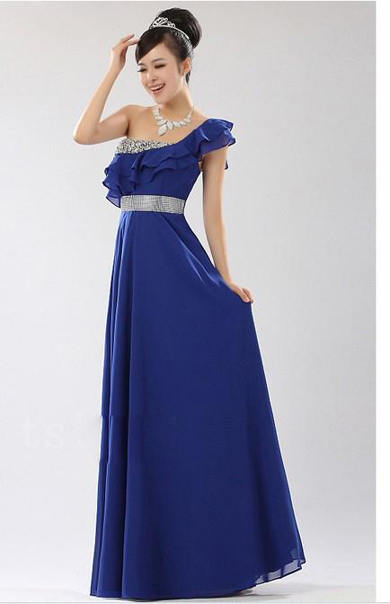 长款蓝色礼服