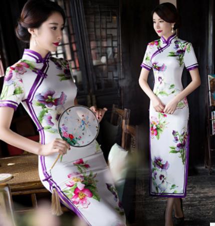 白底偏紫长款旗袍